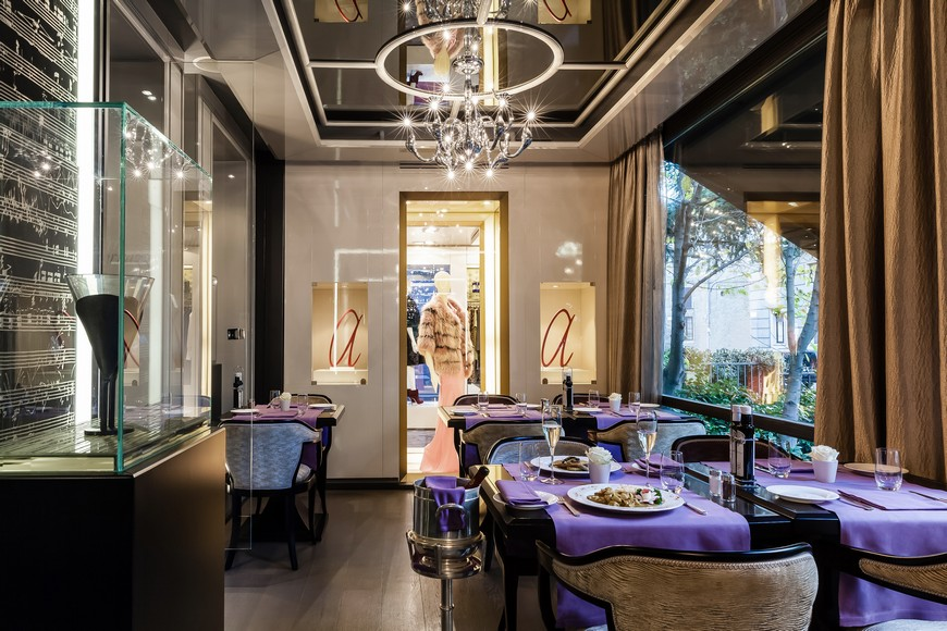 5 Luxury and Inspiring Hotels to Stay in Milan  5 Luxury and Inspiring Hotels to Stay in Milan 5 Luxury and Inspiring Hotels to Stay in Milan 1