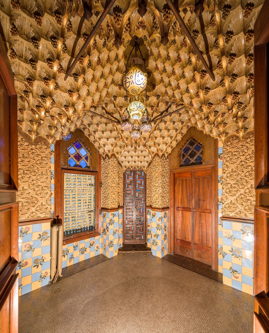 The Vivid and Colorful Restoration of Casa Vicens in Barcelona  The Vivid and Colorful Restoration of Casa Vicens in Barcelona The Vivid and Colorful Restoration of Casa Vicens in Barcelona 5
