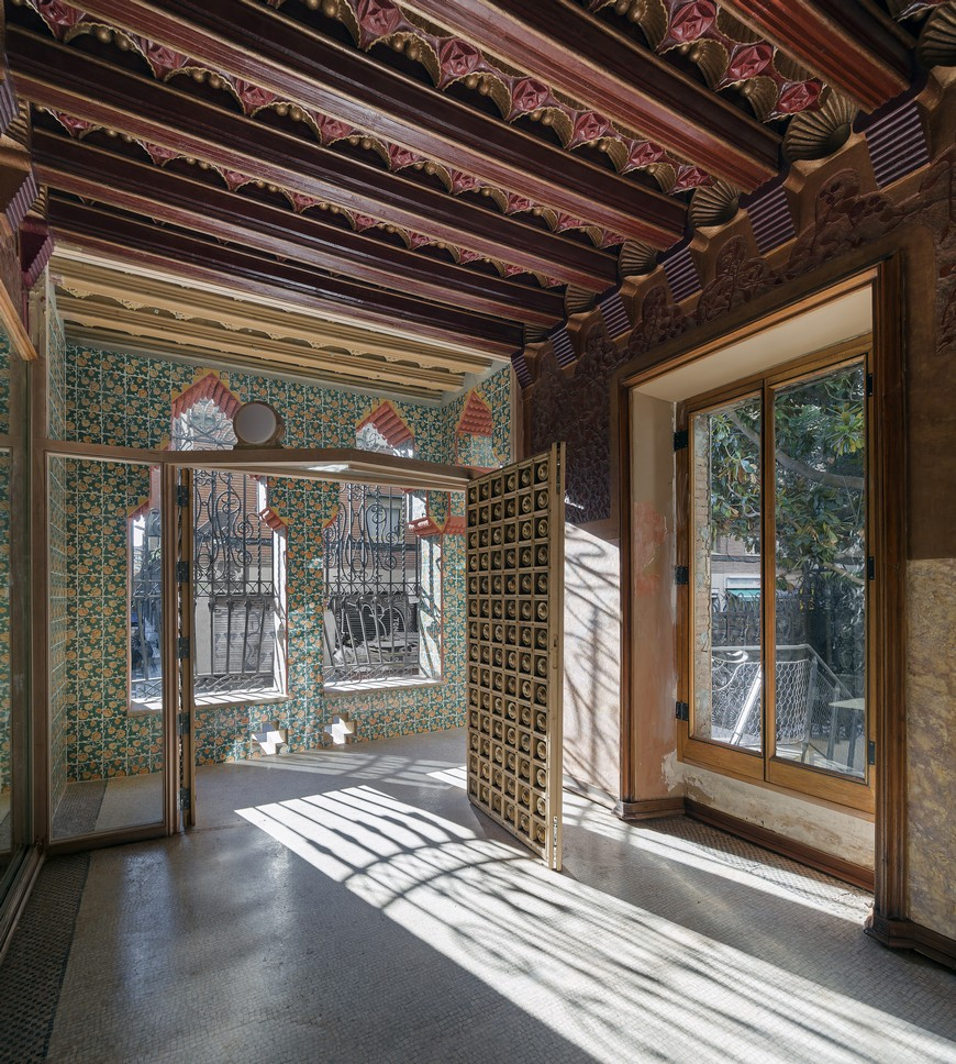The Vivid and Colorful Restoration of Casa Vicens in Barcelona  The Vivid and Colorful Restoration of Casa Vicens in Barcelona The Vivid and Colorful Restoration of Casa Vicens in Barcelona 6