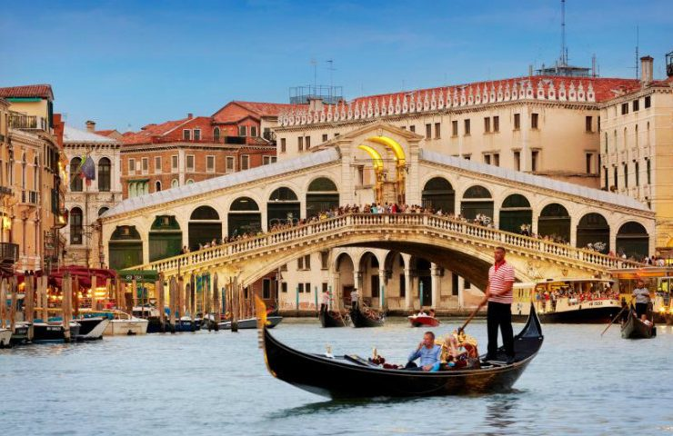 5 Inspiring and Luxury Travel Destinations For 2018 tRAVEL 740x480  Front Page tRAVEL 740x480