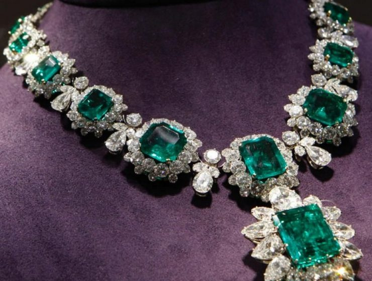 Five Amazing Luxury Jewelry Pieces That Will Leave You Breathless pad gèneve 2019 Introducing The Fine Jewelry Exhibitors at PAD Gèneve 2019 Five Amazing Luxury Jewelry Pieces That Will Leave You Breathless 3 740x560