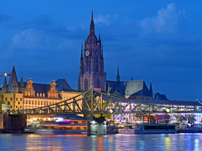 Top Cities, Top Inspirations A Frankfurt Guide frankfurt guide Top Cities, Top Inspirations: A Frankfurt Guide Top Cities Top Inspirations A Frankfurt Guide 3