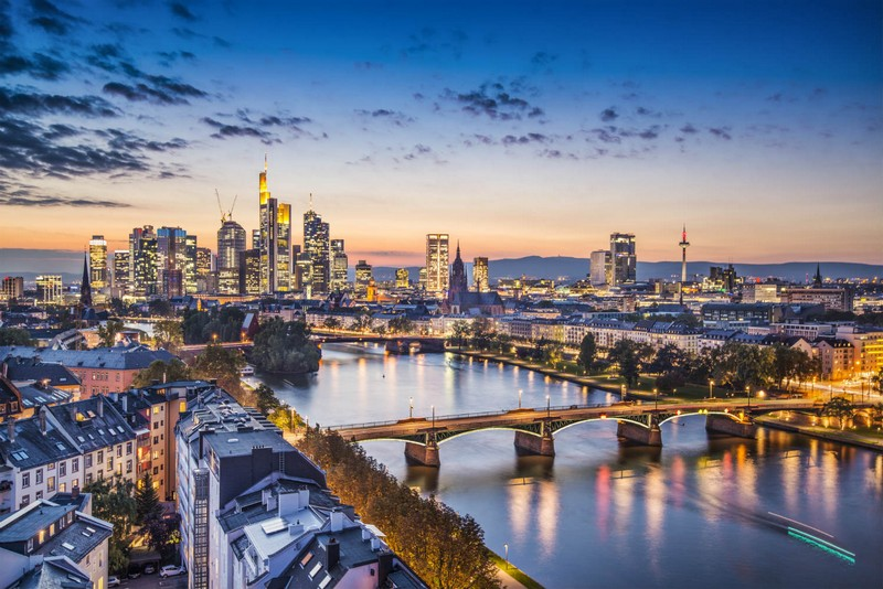 Top Cities, Top Inspirations A Frankfurt Guide frankfurt guide Top Cities, Top Inspirations: A Frankfurt Guide Top Cities Top Inspirations A Frankfurt Guide 5