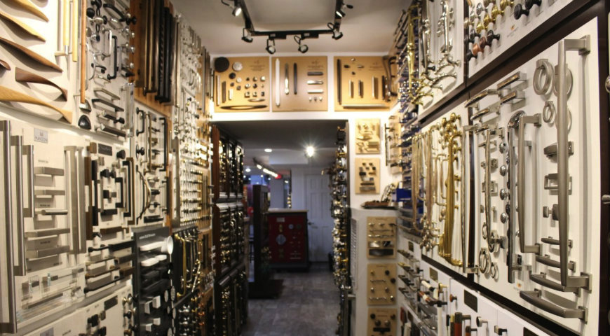 Have a Luxury Hardware Experience With The Elegance in Hardware Showroom