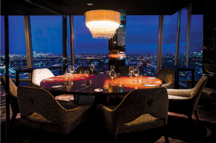 4 Luxury Restaurants To Enjoy During Your 4 Day Visit to Decorex in London! luxury restaurants 4 Luxury Restaurants To Enjoy During Your 4 Day Visit to Decorex Aqua shard