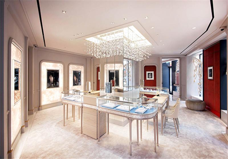 The Amazing Parisian World of High Jewelry Ateliers high jewelry ateliers The Amazing Parisian World of High Jewelry Ateliers The Amazing Parisian World of High Jewelry Ateliers 3