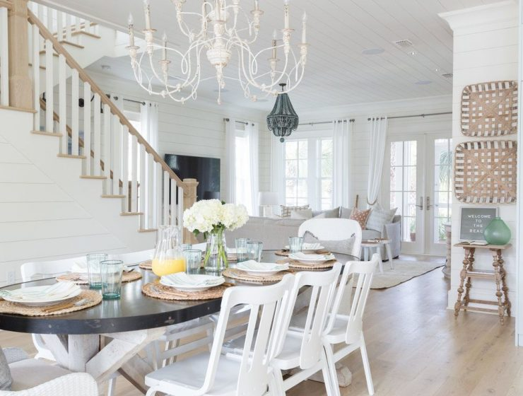 beach houses Dream Beach Houses To Drive Your Decor Inspiration Beach House Dining Rooms Youll Want ASAP 1 740x560  Front Page Beach House Dining Rooms Youll Want ASAP 1 740x560