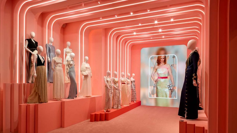 Louis Vuitton Exhibition Celebrates 160 Years of Design Collaborations louis vuitton exhibition Louis Vuitton Exhibition Celebrates 160 Years of Design Collaborations image004 h 2019