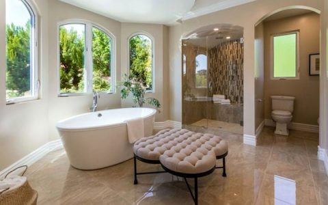 Stunning Bathroom Design Projects To Get Inspired From bathroom design projects Stunning Bathroom Design Projects To Get Inspired From resized zendaya house 2 480x300