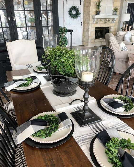 How To Choose The Perfect Dining Table Design dining table design How To Choose The Perfect Dining Table Design 38719a2d9bbf7f960495fcb0053d6dd3