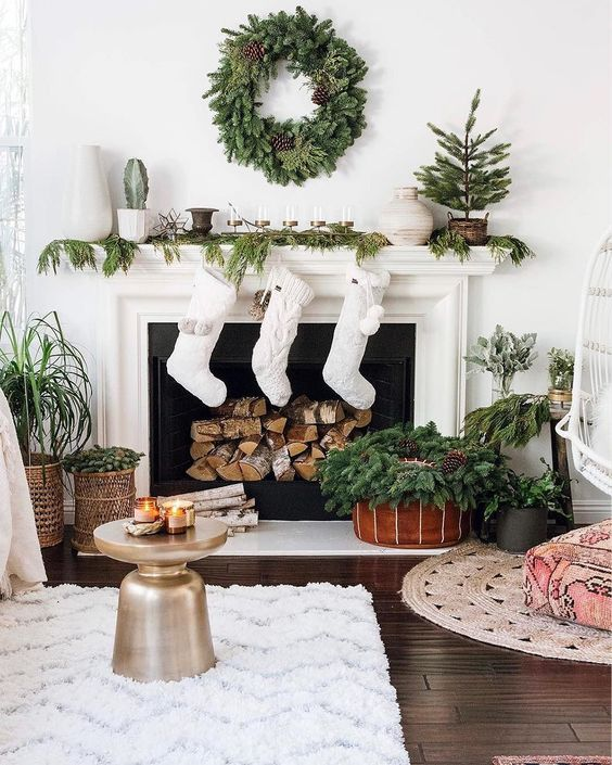 Christmas Living Room Décor To Celebrate The Holidays In Style christmas living room decor Christmas Living Room Décor To Celebrate The Holidays In Style Christmas Living Room De  cor To Celebrate The Holidays In Style14