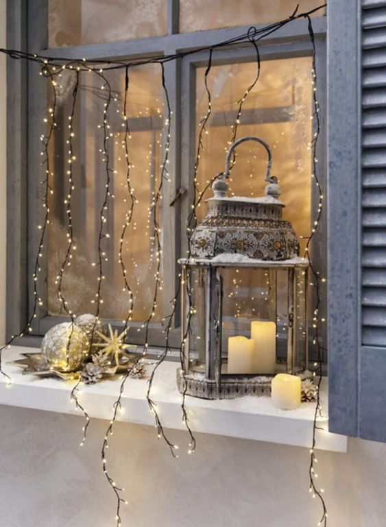 The Best Christmas Window Decorations christmas window decorations The Best Christmas Window Decorations c71f30a155a891f4f589dc13106aed5b
