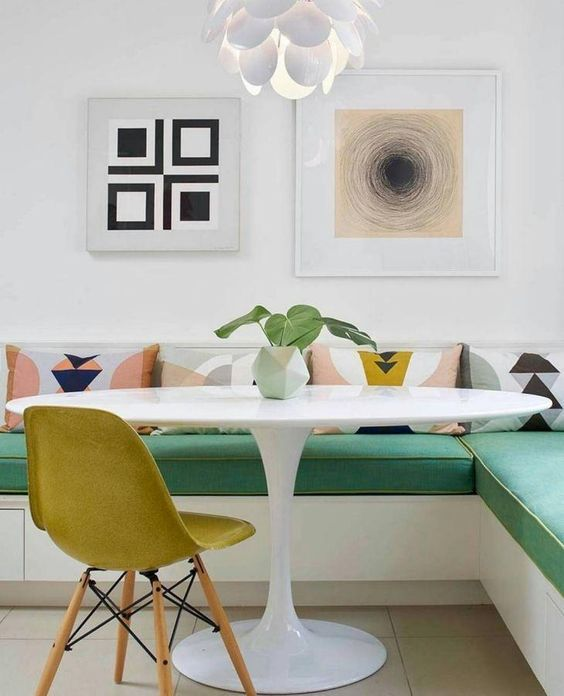 5 Breakfast Nook Ideas That Will Light Up Your Morning breakfast nook ideas 5 Breakfast Nook Ideas That Will Light Up Your Morning 49480c59ea8c8602a41b3dbeba30fc0d